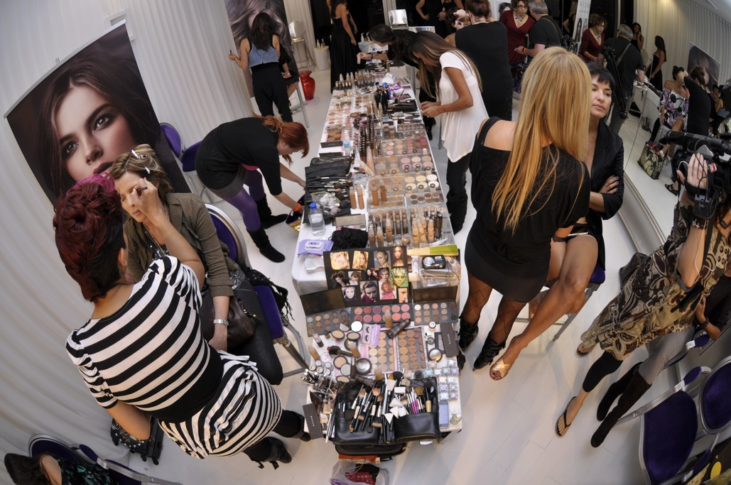 Fashion And Beauty Recruitment Agencies: Miami Hair, Beauty And Fashion 2010: Innovative Marketing